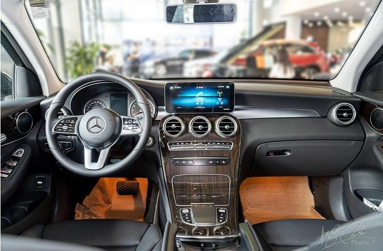 Bảng giá lăn bánh Mercedes-Benz GLC 200