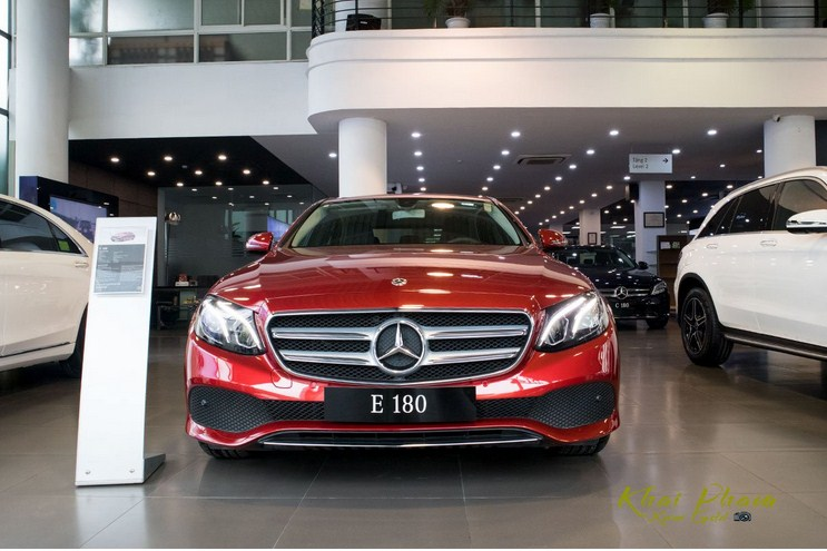 Bảng giá lăn bánh Mercedes-Benz E180 2021